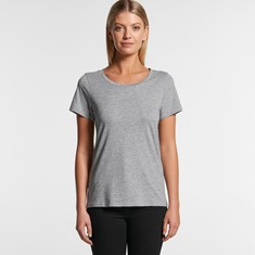 SHALLOW SCOOP NECK TEE